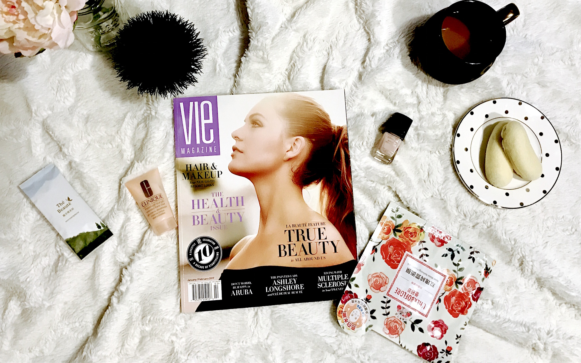 vie magazine flat lay health and beauty issue 2017